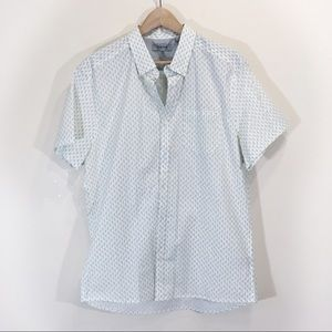 Reaction Kenneth Cole Pineapple Button Down Large